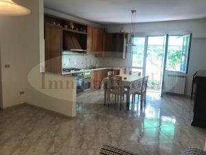 Leivi in villa bifamiliare appartamento con vista mare terrazzo e giardino contratto 1 casa ad € 600